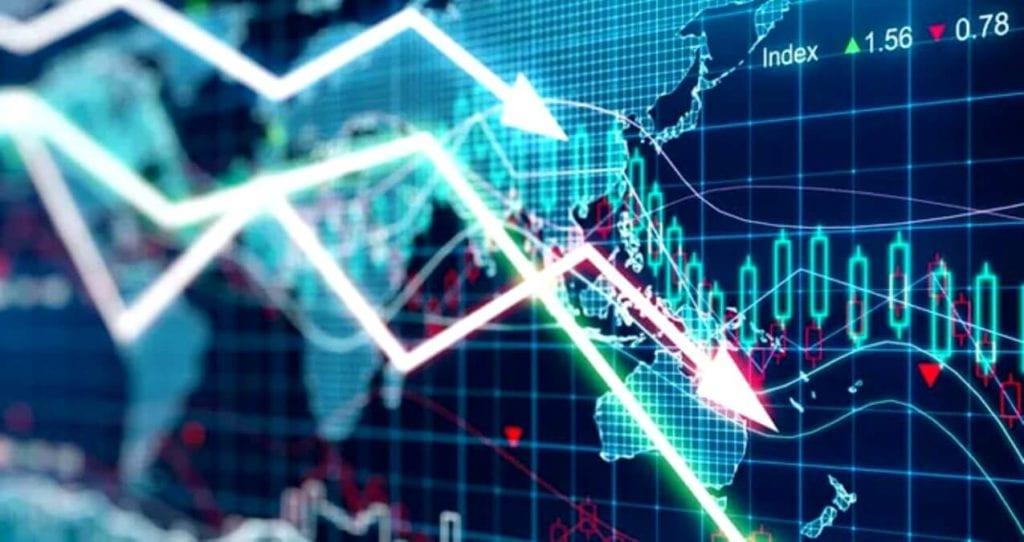 Yunan Ekonomik Krizi (2011) 3 tane eğik ekonomi çizelgesi