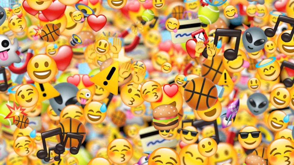 Yüzlerce farklı emojinin bulunduğu görsel
