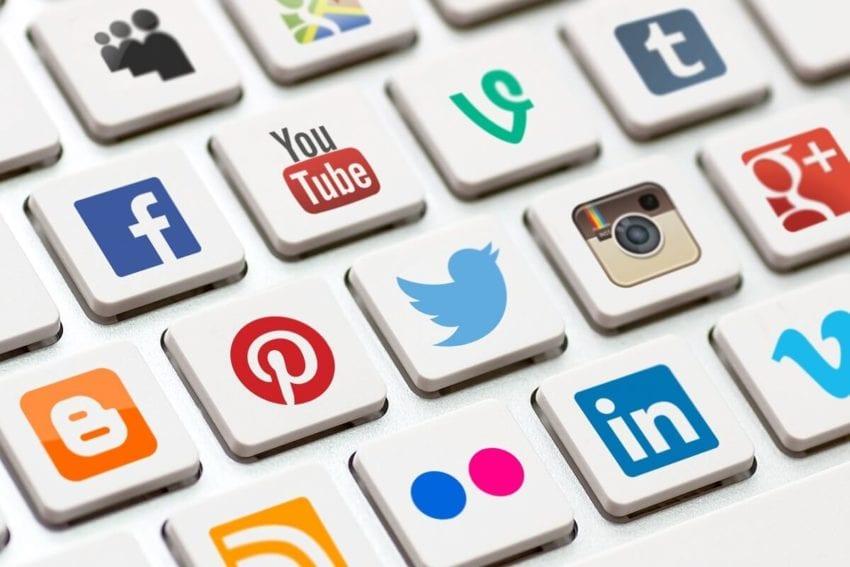 Sosyal Medya Yasası Nedir? yazısının öne çıkarılan görseli