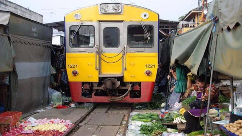 Maeklong Demiryolu