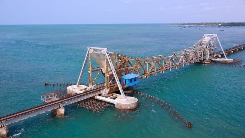 Pamban Demiryolu Köprüsü