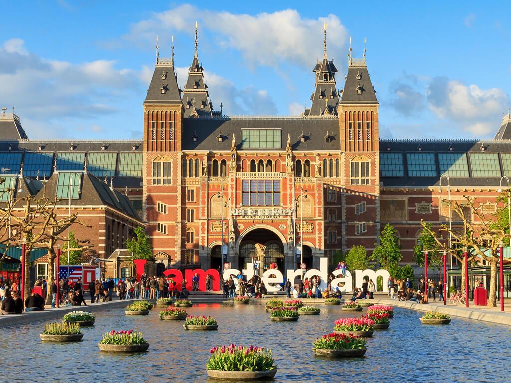 hollanda'da bir üniversite görseli